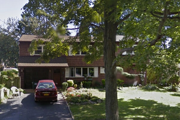 31 Pilgrim Lane, Westbury NY